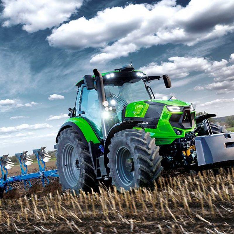 6185_TTV_Brochure_Field_ploughing
